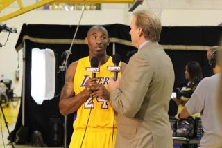 Kurt Rambis interviews Kobe Bryant for ESPN